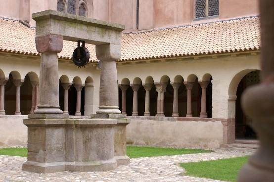 Vous voulez visiter l'église Saint Pierre le Jeune